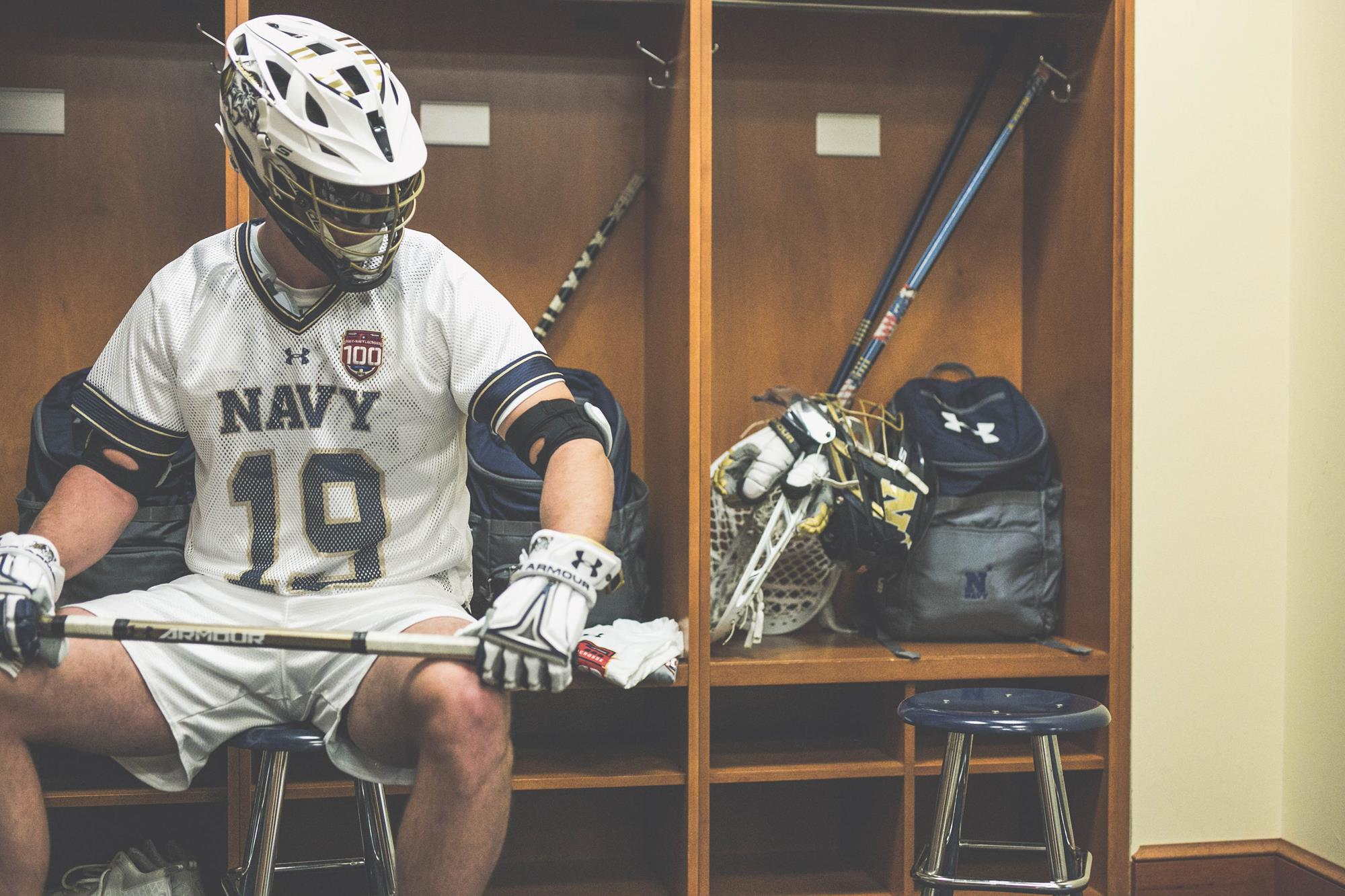 Navy Unveils Throwback Uniform For 100th Army Navy Men S