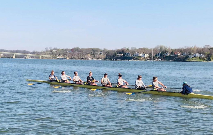 Women's Rowing to Host George Washington in Early Saturday Competition - Naval Academy Athletics